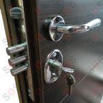INTERIOR METAL DOOR